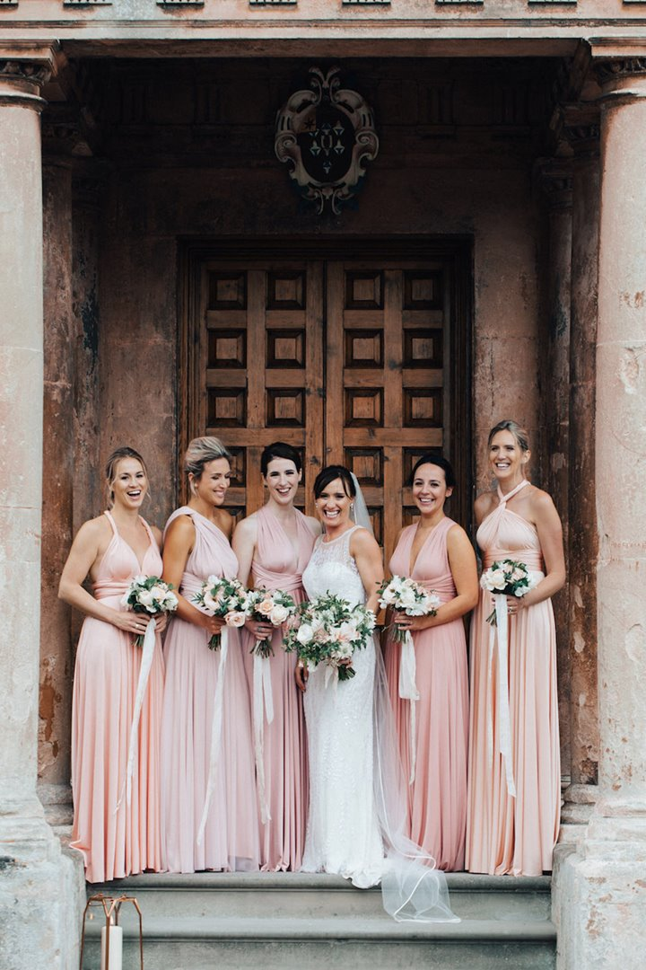 Touches of Blush Pink and a Jenny Packham Dress